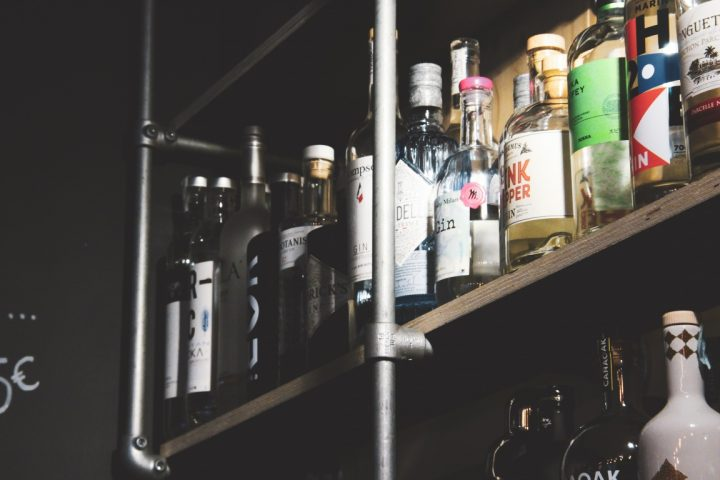 mobilier sur mesure pour bar
