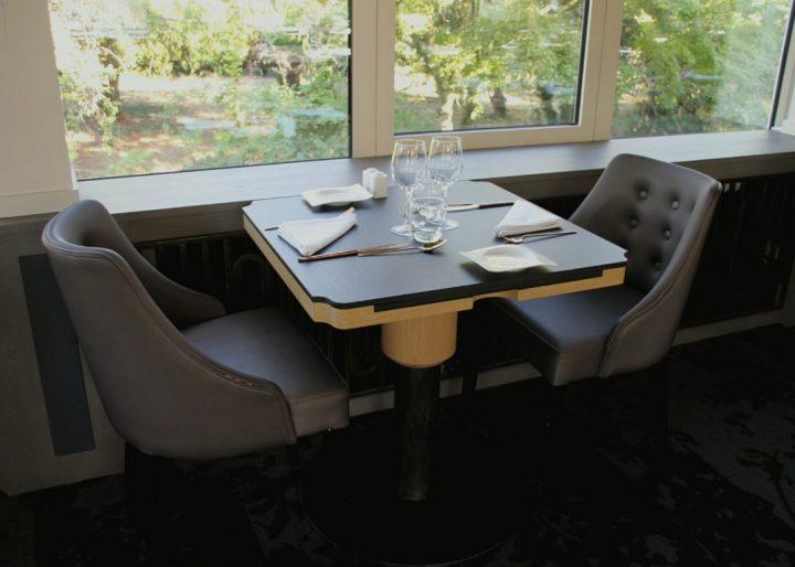 table sur mesure restaurant gastronomique
