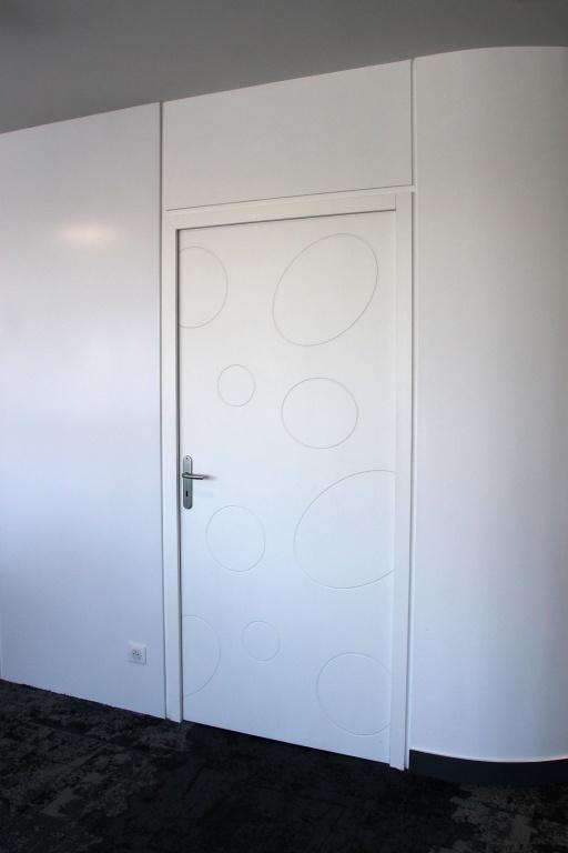 porte en bois blanche sur mesure